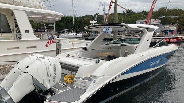 Sea Ray 350 SLX-OB