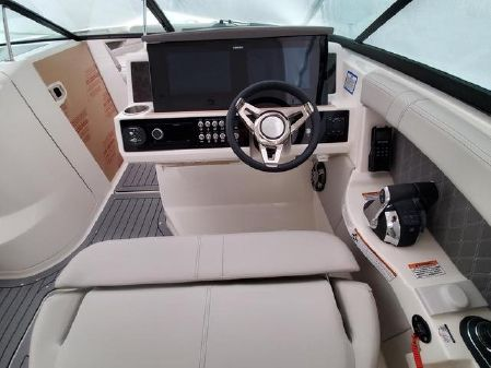 Sea Ray 350 SLX-OB image