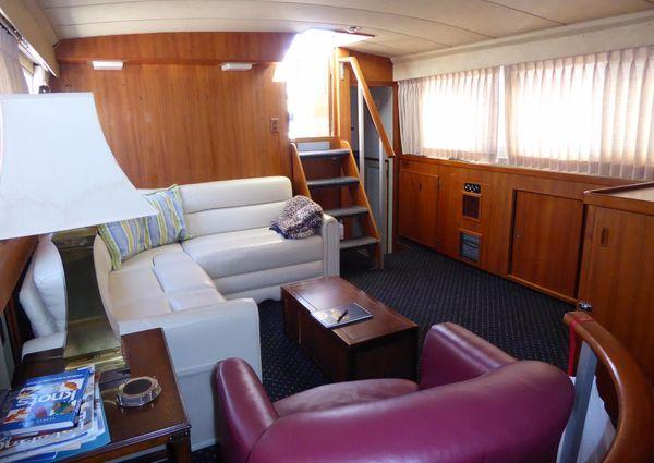 Bertram 42 Motor Yacht image