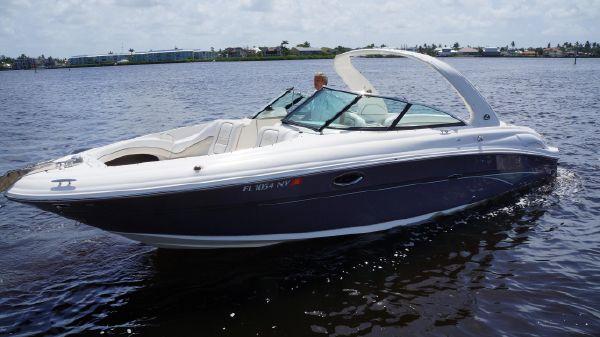 Sea Ray 290 SLX Bowrider