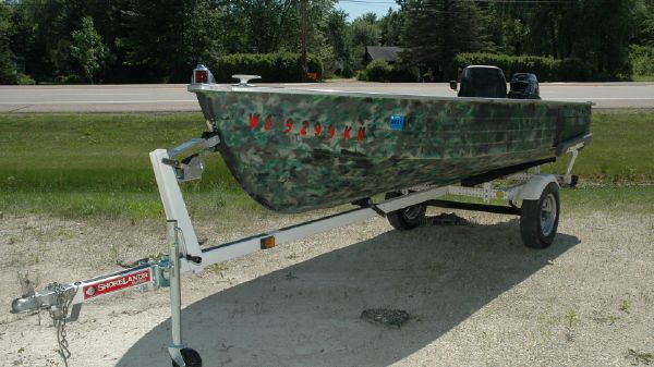 MirroCraft Row Boat