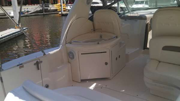 Sea Ray 340 Sea Ray Sundancer image