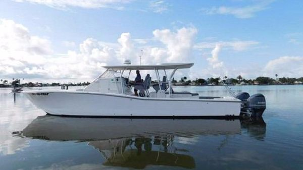 Millennia Catamaran Center Console S/F