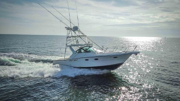 Tiara 3200 Open Profile 1