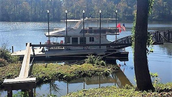 Sunstar 16 X 42 Houseboat