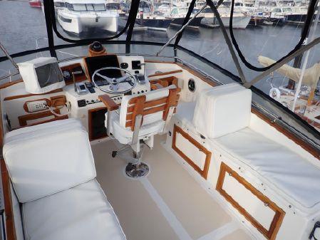 Hinckley Talaria/Patten 42 Flybridge image