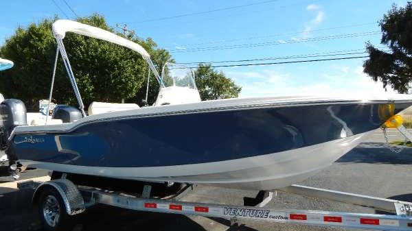 Tidewater 180 Center Console