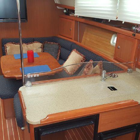 2007 Hunter BoatsalesListing Rhode Island