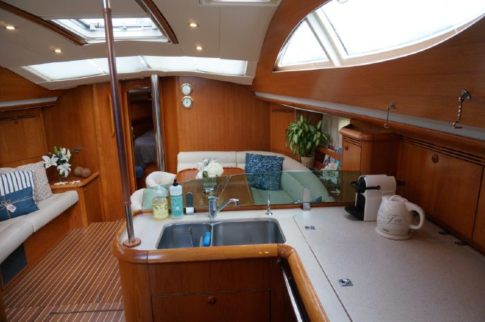 2006 Jeanneau 49DS Sell Purchase