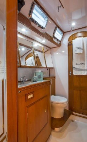 2010 Hylas Purchase BoatsalesListing