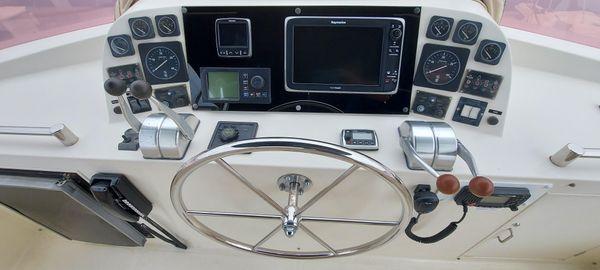 McKinna 47 Sedan image
