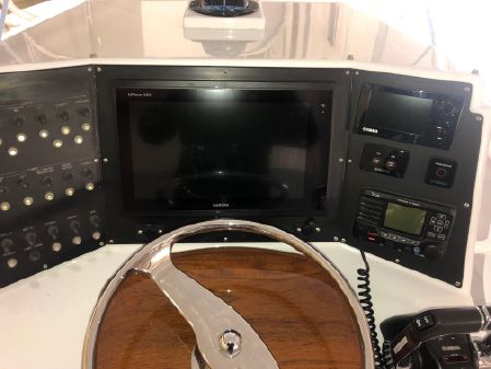 Rybo Runner 30 Center Console image