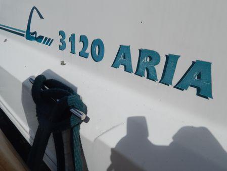 Cruisers Yachts 3120 Aria image