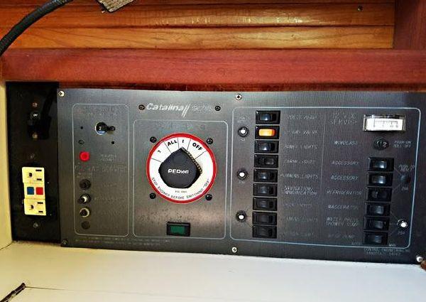 Catalina 34 Tall Rig image