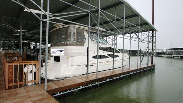 Cruisers Yachts 405 motoryacht