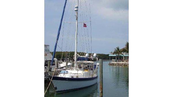 Antigua CSY 44
