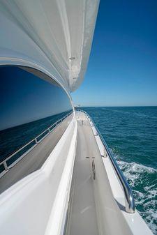 Horizon Flybridge image