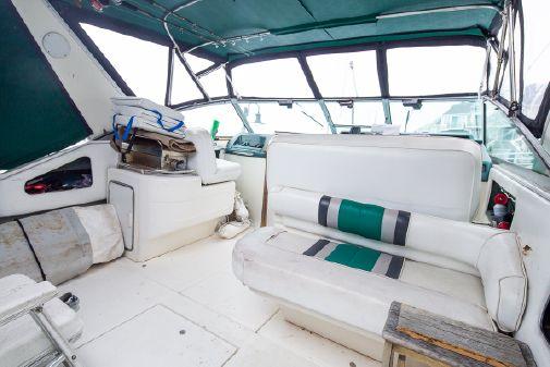 Sea Ray 310 Express Cruiser image