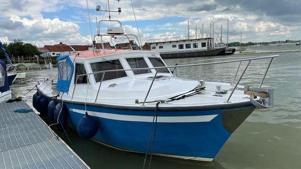 Lochin 33 Fast Fisher