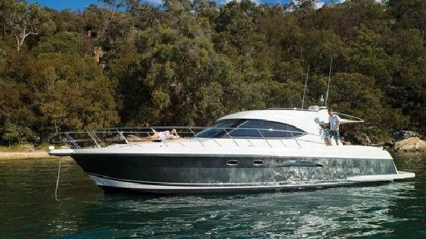 Riviera 5000 Sport Yacht Manufacturer Provided Image