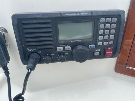 Mako 25 Center Console image