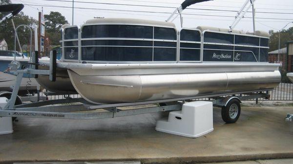 Misty Harbor 2085CR
