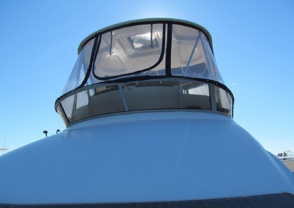 Sea Ray 36 Sedan Bridge image
