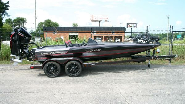 New Blazer 625 Pro Elite Power Boats For Sale T S Marine