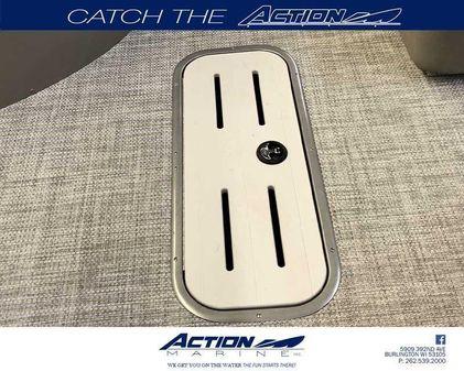 Premier 240 Cast-A-Way RE image