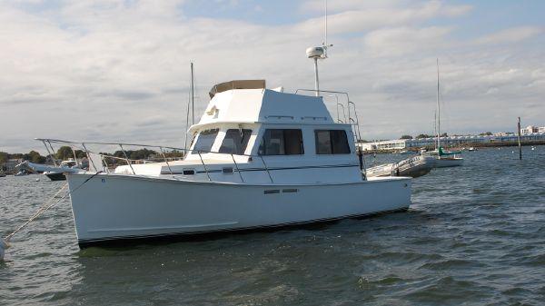 Downeast Cape Classic 30 Trawler