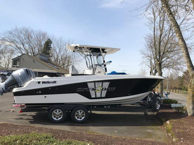 2019 Wellcraft 242 Fisherman Portland, Oregon - Royal Marine