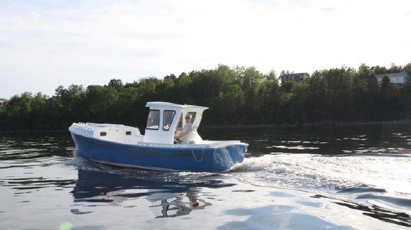 Islander 230