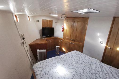 Trawler LIVEABOARD image