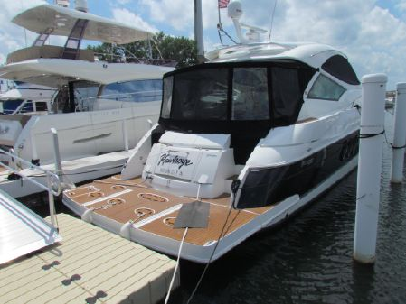 Cruisers Yachts 540 Sports Coupe image
