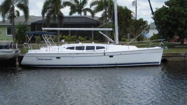 Hunter 39 SAILBOAT