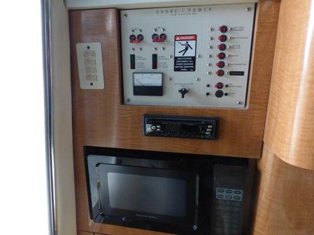 Maxum 2900 SCR image