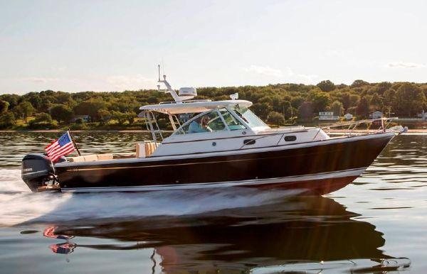 2019 Hunt Yachts Surfhunter 32