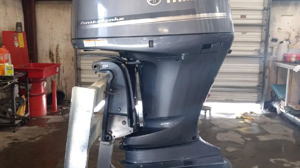 Yamaha Outboards F300XCA