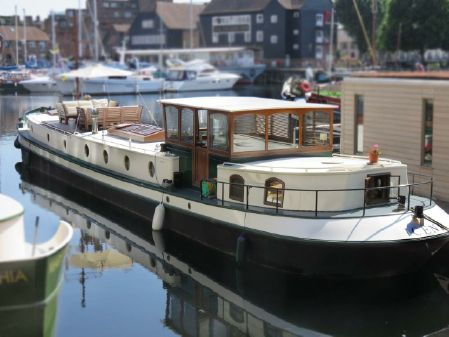 Barge Dutch Barge luxemotor UK image