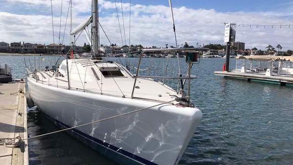 X-Yachts IMX38