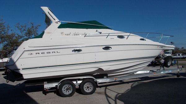 Regal 2760 Cruiser