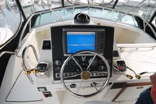 Bertram 33 Sport Fisherman image