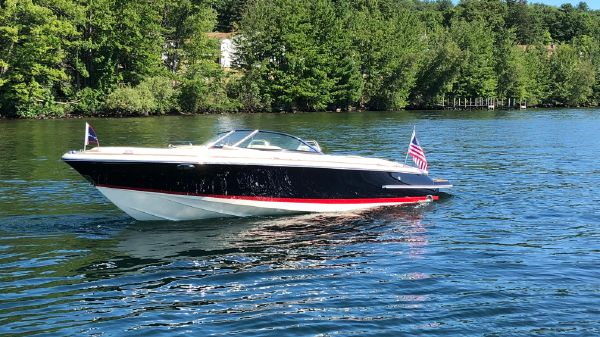 Chris-Craft Launch 22