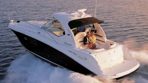 Sea Ray 38 Sundancer Manufacturer Provided Image