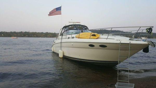 Sea Ray Sundancer 380