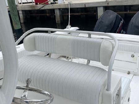 Southport 28 Center Console image