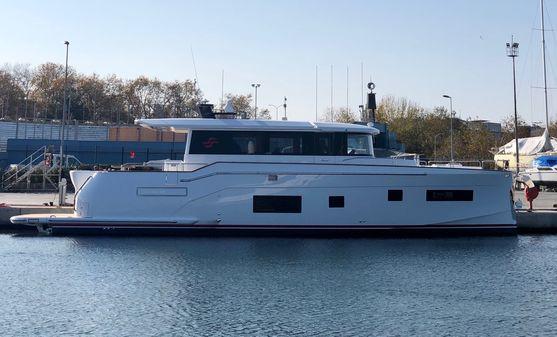 Sirena Yachts 58 Coupe image