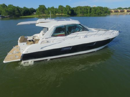 Cruisers Yachts 48 Cantius image
