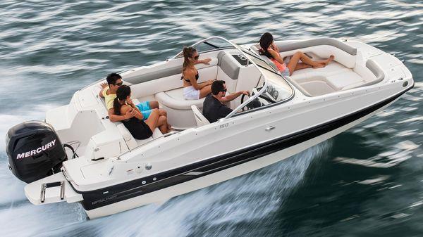 Bayliner 190 Deck Boat Manufacturer Provided Image