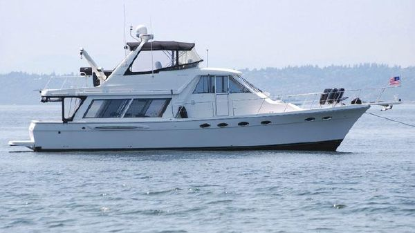 MERIDIAN YACHTS Raised Pilothouse Motoryacht